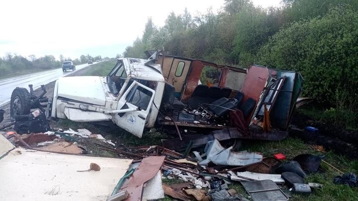 Восемь человек пострадали в ДТП с участием автобуса