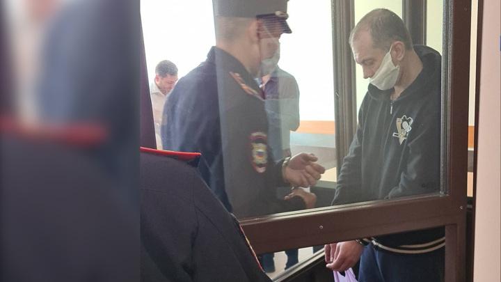 В Уфе зарезавшему после суда оппонента юристу продлили арест