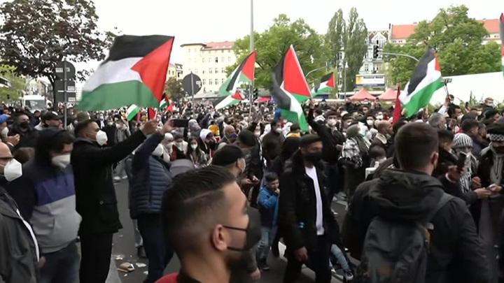 В Берлине арабы протестуют против политики Израиля