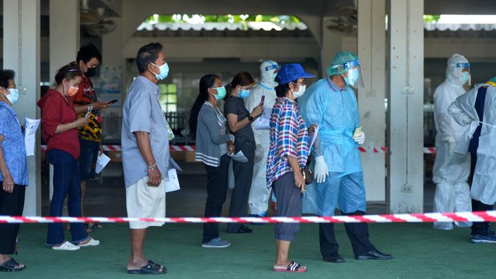 Всплеск COVID-19 в Таиланде: 10 тысяч заболевших за сутки