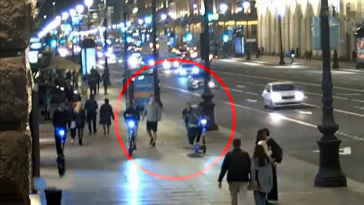 """В Петербурге арестовали одного из """"самокатчиков"""" по делу о наезде на пешеходов"""