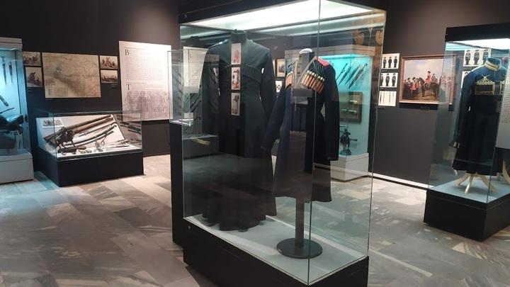 Выставка Империя и Кавказ. Оружие, обмундирование,