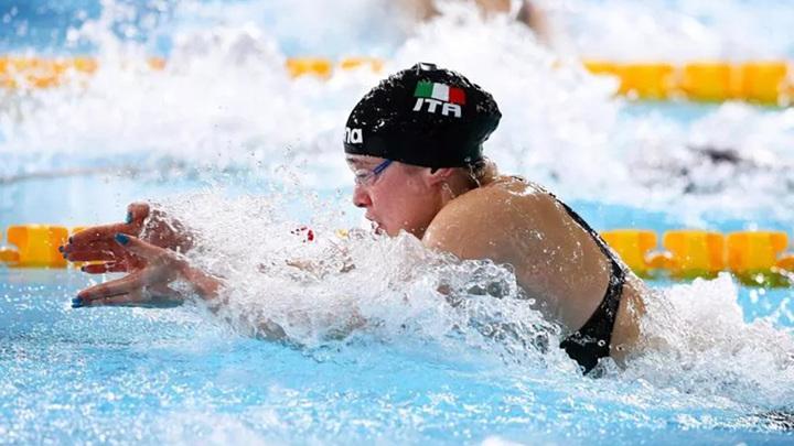 Итальянка Пилато установила рекорд мира в заплыве с Ефимовой