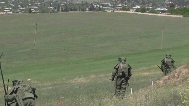 В Карабахе российские миротворцы обеспечивают безопасность сельхозработ