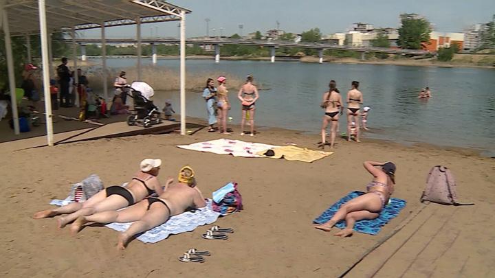 В России официально начинается купальный сезон