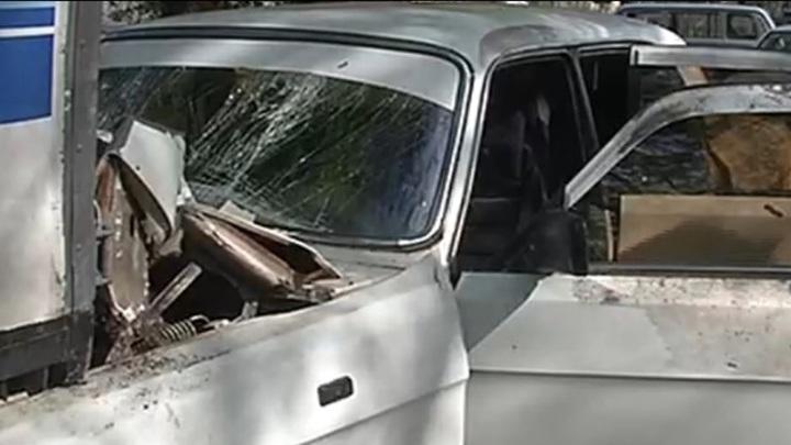 """Тольяттинец угнал машину и протаранил две припаркованные """"ГАЗели"""""""