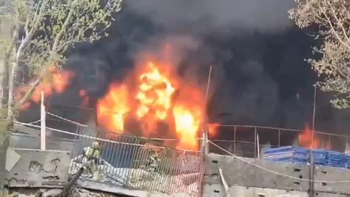 При пожаре в школе на Камчатке пострадали три человека