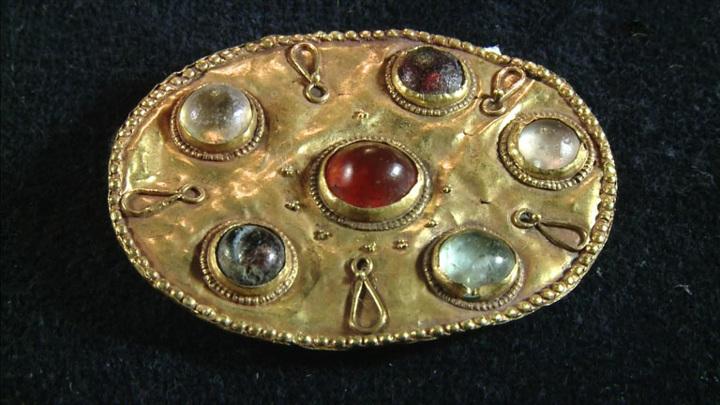 Смоленский музей-заповедник представил ювелирные украшения Марии Тенишевой