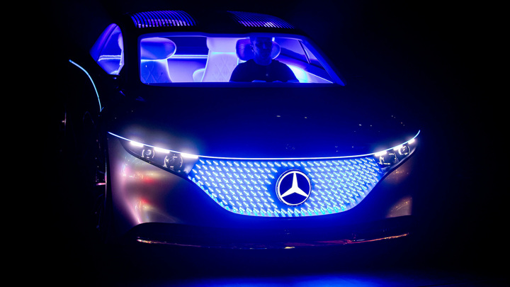 Первые ласточки на батареях: Mercedes, VW и Renault соревнуются в новинках