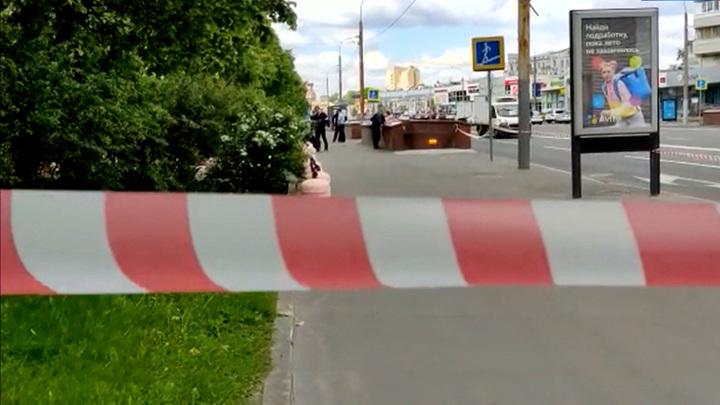 Мужчина с мушкетом и ножом задержан в центре Москвы