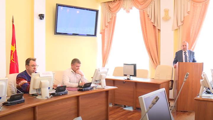 Мэр Магадана отчитался перед гордумой о деятельности муниципалитета