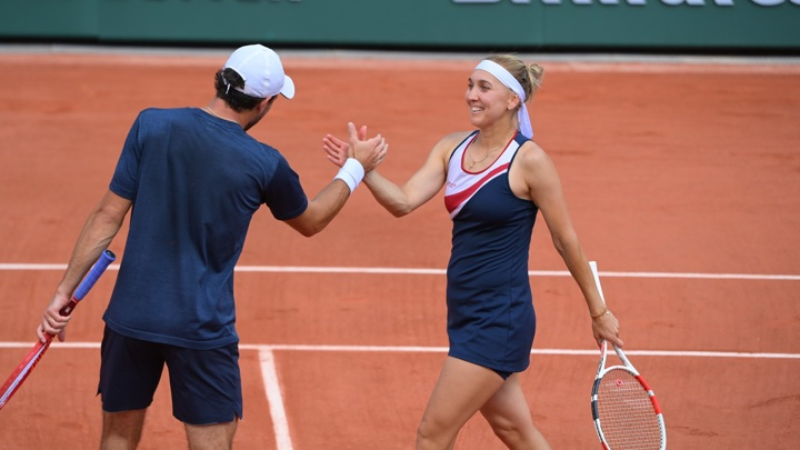 Россияне Карацев и Веснина вышли в финал Roland Garros