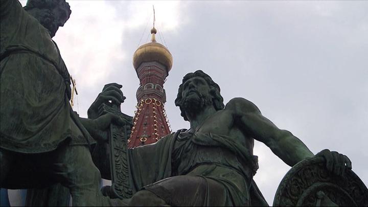 Памятник Минину и Пожарскому на Красной Площади готовят к реставрации