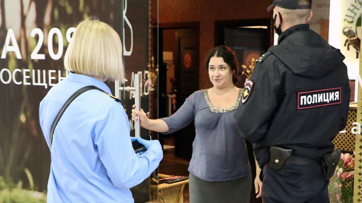 Московские рестораны и клубы ожидают рейды полиции и Роспотребнадзора