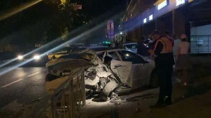Появились подробности ночного ДТП с тремя пострадавшими в центре Казани