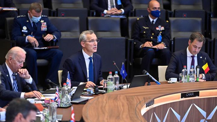 НАТО подтвердила намерение продолжать наращивать оборонные расходы