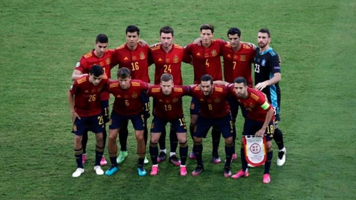 Испания и Швеция объявили стартовые составы на матч Евро-2020