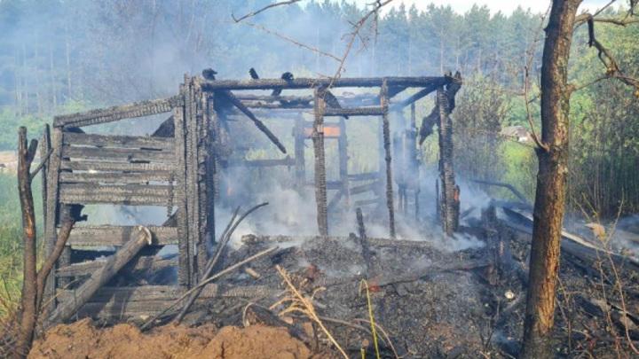 Костромич расстался с женой и спалил тестю садовый домик