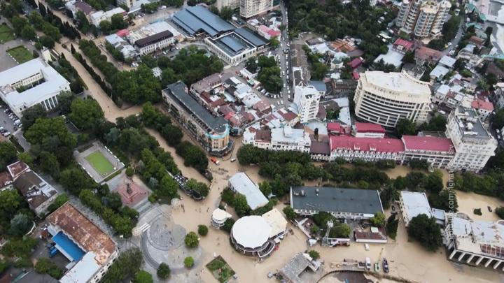 Нанесенный наводнением ущерб Крыму определят до 28 июня