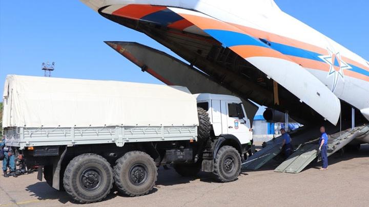 Спасатели из Сибири и Хабаровска помогут пострадавшим от воды амурчанам