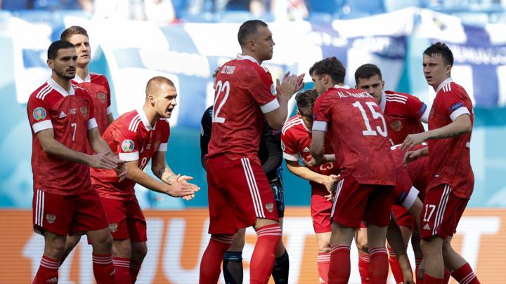 Минспорт проанализирует работу тренерского штаба сборной России на Евро