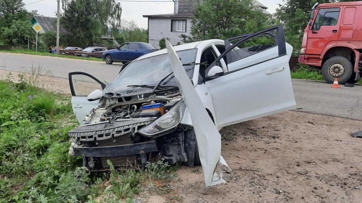 Грязовчанин бросил на месте аварии серьезно пострадавшую 17-летнюю девушку