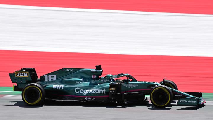 Хэмилтон стал лучшим на второй практике Гран-при Австрии