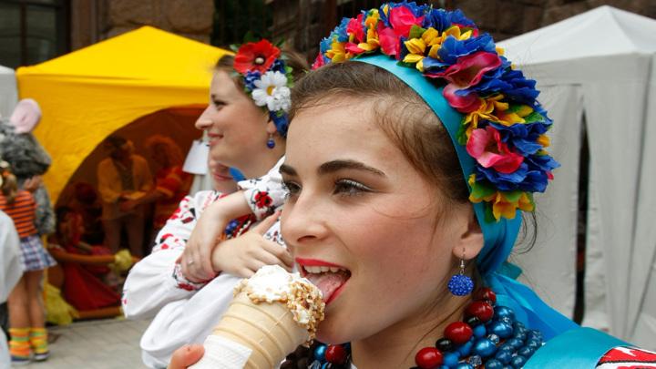 Россия вводит новые санкции на продуктовый импорт из Украины