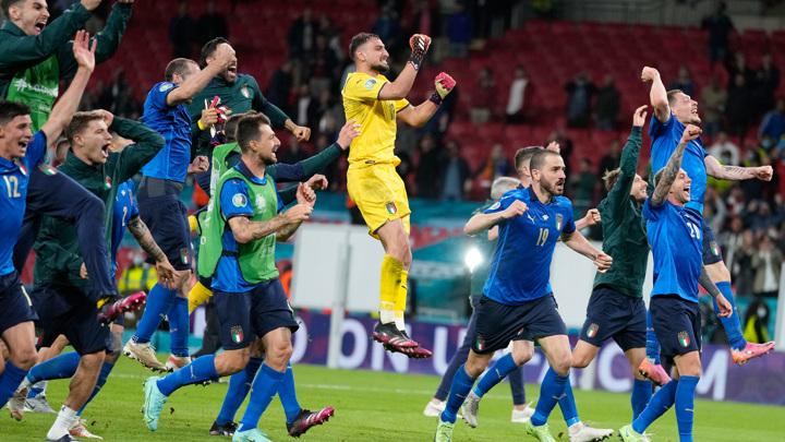 Италия сыграет с Аргентиной матч континентальных чемпионов