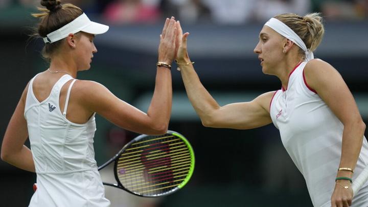 Теннисистки Веснина и Кудерметова не смогли пробиться в финал парного турнира