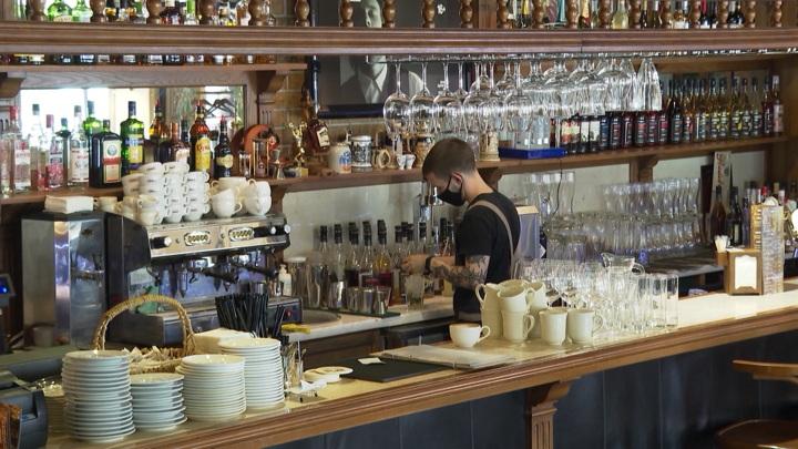 Калининградские рестораны и бары смогут работать в ночное время