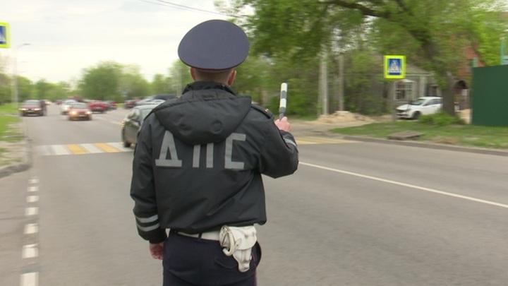 Пьяный житель Воронежской области на машине переехал сотрудника ДПС