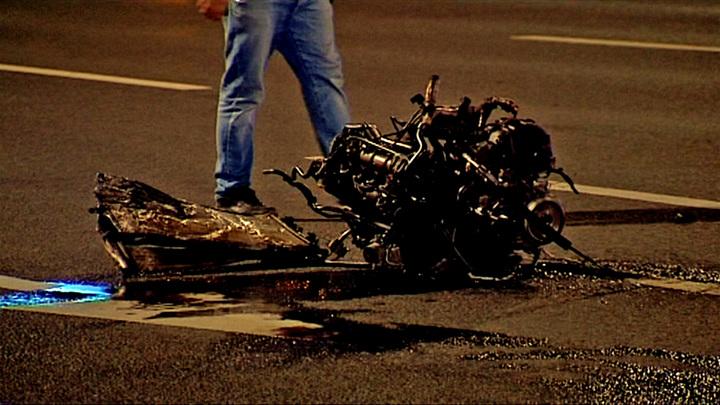 ДТП в Москве: двигатель оказался в десятках метрах от кузова авто