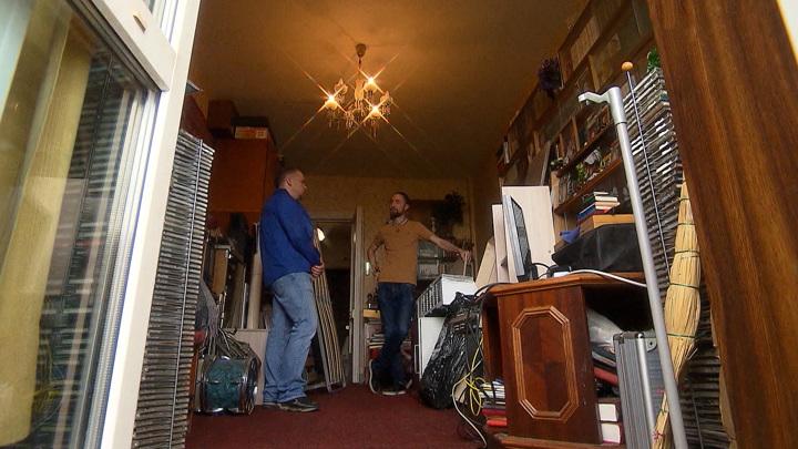 Странная смерть: родные пенсионера рискуют остаться на улице
