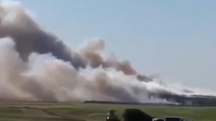 В Крыму потушили горевший несколько дней мусорный полигон
