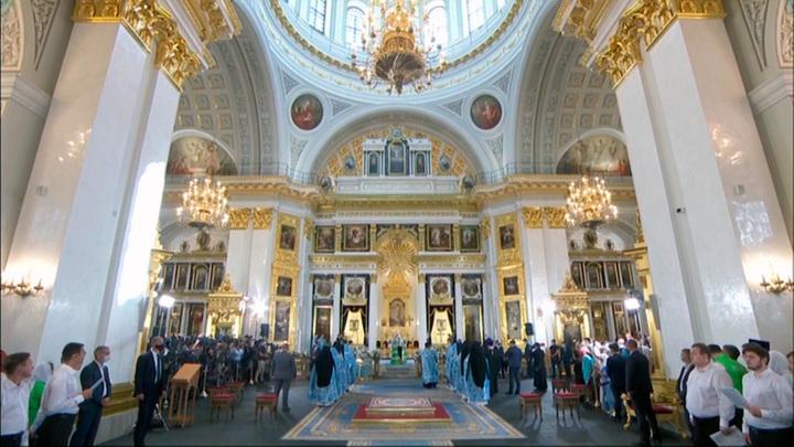 Патриарх Кирилл освятил собор Казанской иконы Божией Матери в столице Татарстана