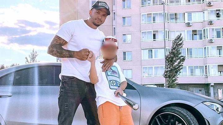 Участника телешоу задержали за обучение вождению восьмилетнего сына