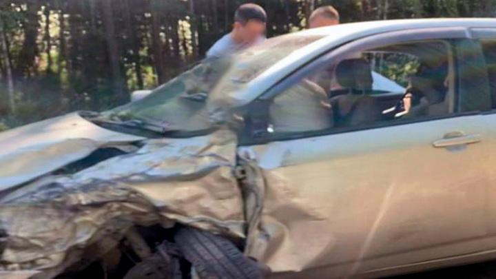 На трассе под Красноярском произошло столкновение 4 автомобилей