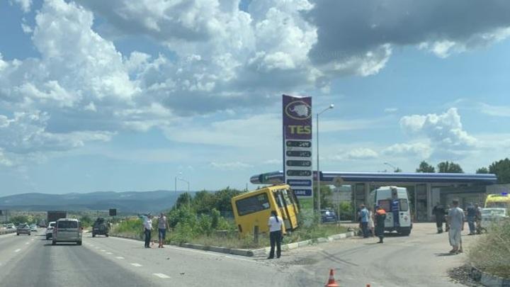 Три человека пострадали в ДТП с пассажирским автобусом в Севастополе