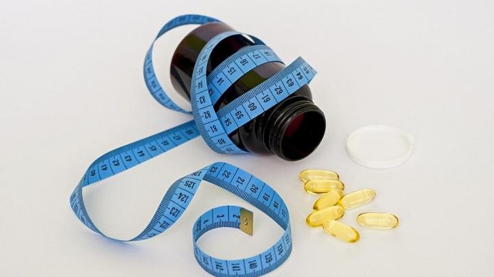 Ни денег, ни талии: липчанка отдала 200 тысяч за таблетки для похудения