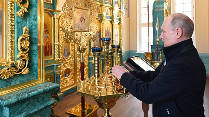 Президент посетил Коневский монастырь