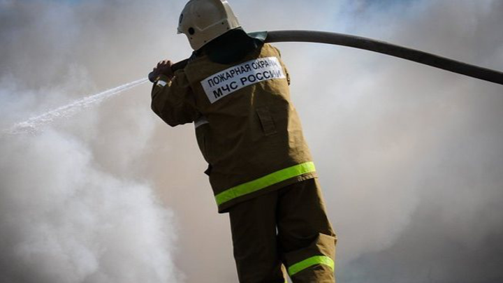 Загорелся автомобиль: под Мурманском произошло массовое ДТП