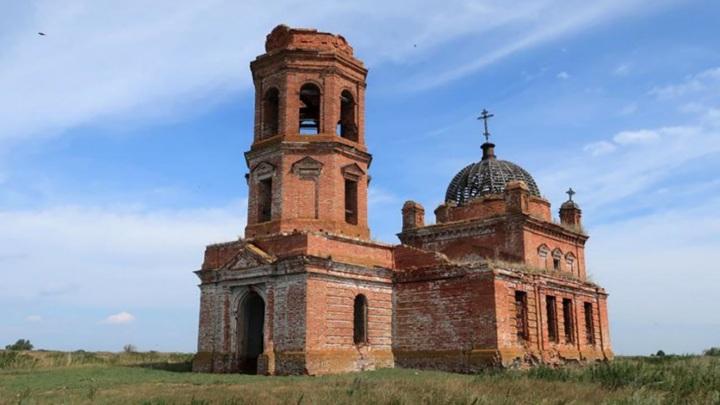 Прокуратура Татарстана проверит сообщение о превращении храма в коровник