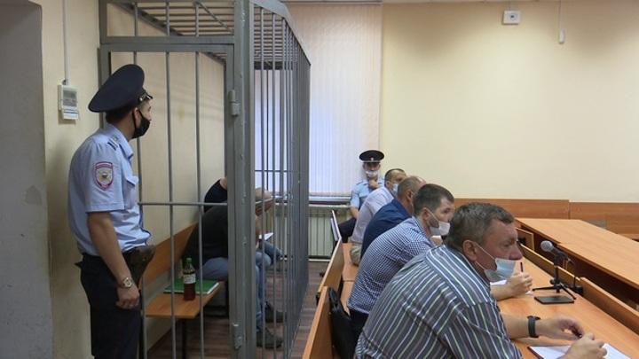 В Воронеже будут судить чиновников, продававших бизнесменам бомбоубежища