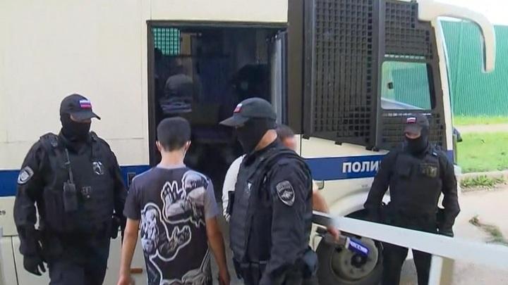 """В Москве трое мигрантов избили и ограбили мужчину у метро """"Кузьминки"""""""