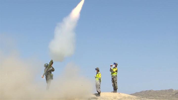 Россиянин на камеру сбил высокоскоростную китайскую ракету