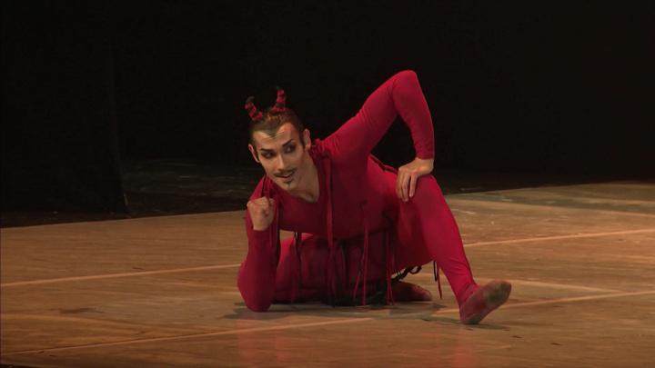 В Санкт-Петербурге завершились гастроли Театра классического балета Н. Касаткиной и В. Василёва