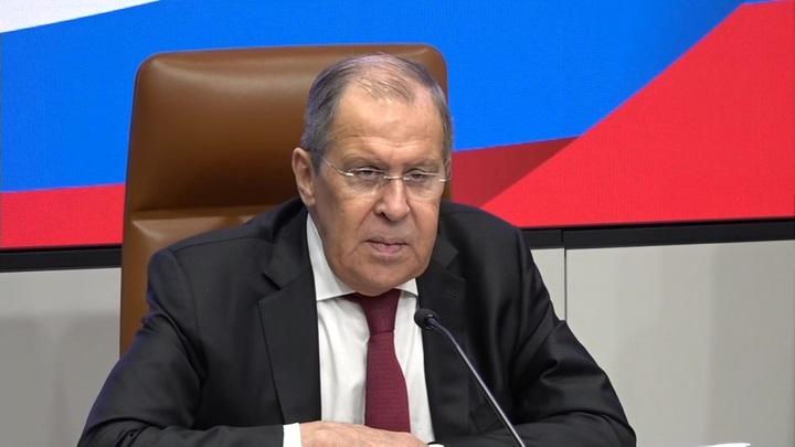 Лавров назвал шизофренией подход Киева к нормандскому формату