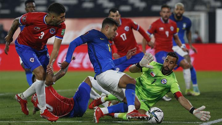 Бразилия продолжает победную серию в Южной Америке