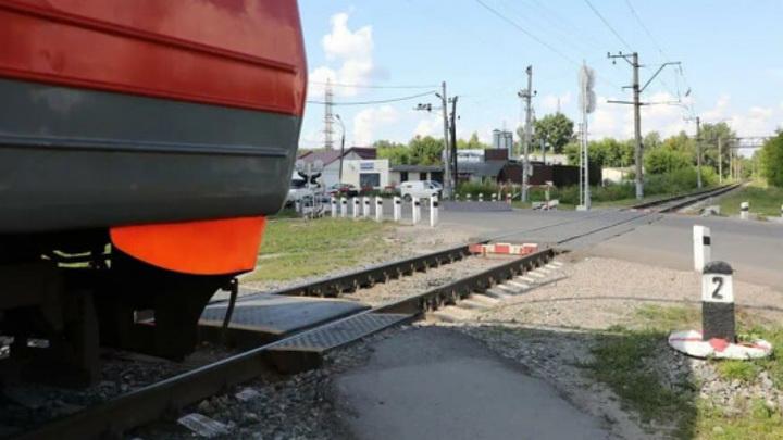 В Нижнем Новгороде 2 женщины попали под поезд. Одна из них погибла